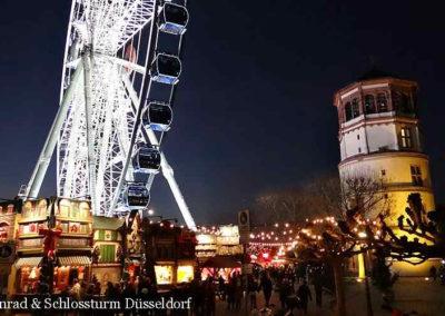 Schlossturm Düsseldorf Weihnachtsmarkt