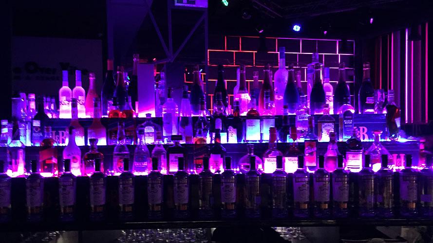 Clubs Bars