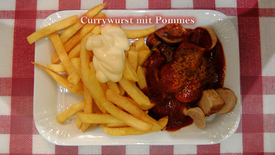 Currywurst Pommes Majo