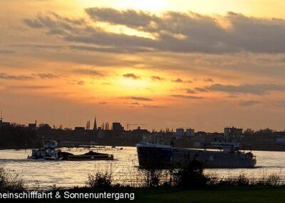 Rheinschiff Sonnenuntergang